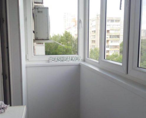 остекление и отделка балкона сэндвич панелями
