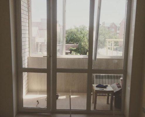 двери на балкон 44