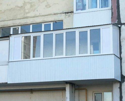 остекление длинного балкона