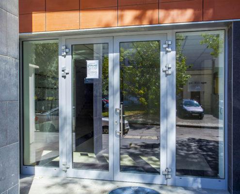 алюминиевые двери с монтажом в уфе