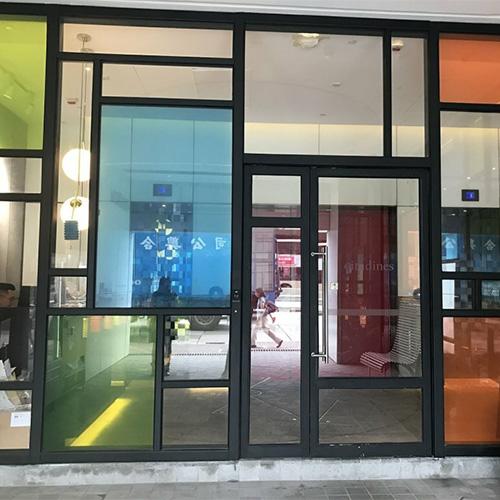 цветное окно